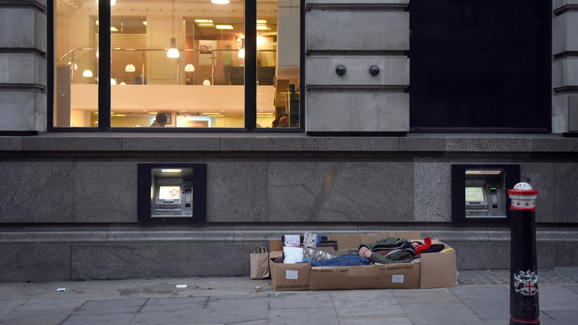 Personas en Londres aseguran que mendigando ganan más dinero que teniendo un empleo