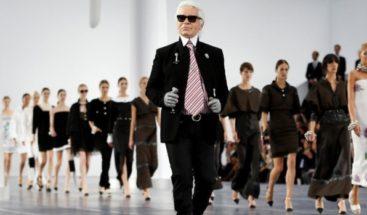 Un desfile de nieve en el último adiós de Chanel a Karl Lagerfeld
