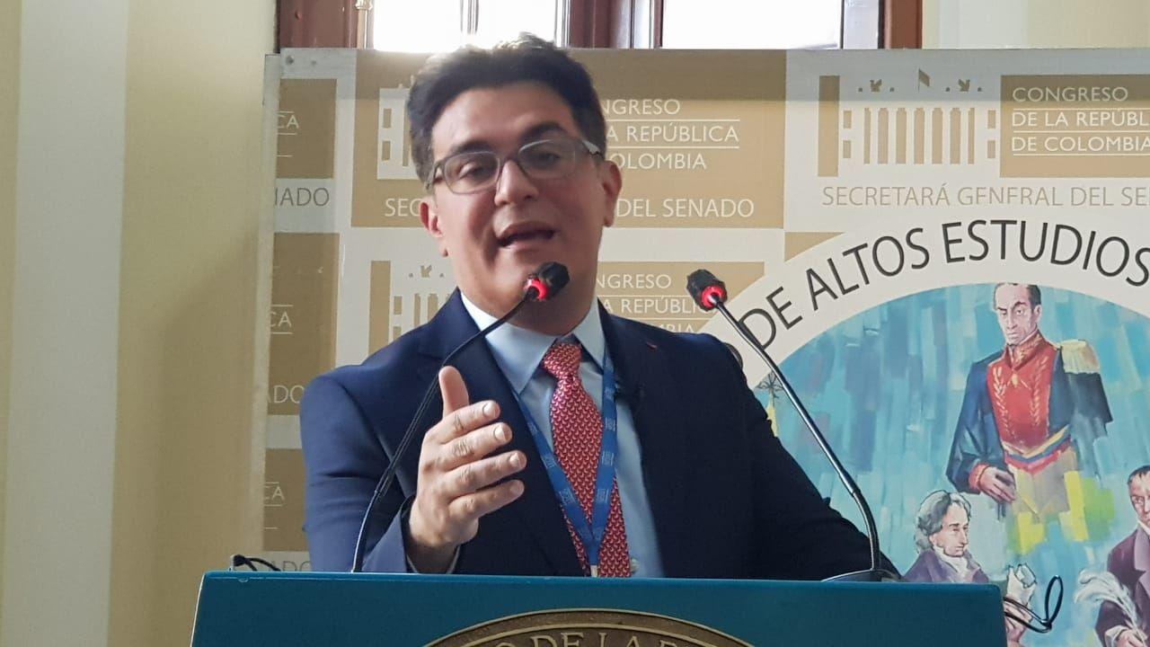 El debate de la repostulación sin reforma irá a Honduras