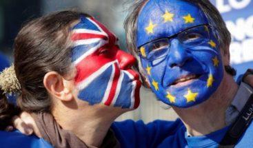 La Unión Europea ofrece a May una prórroga del 'Brexit' hasta junio