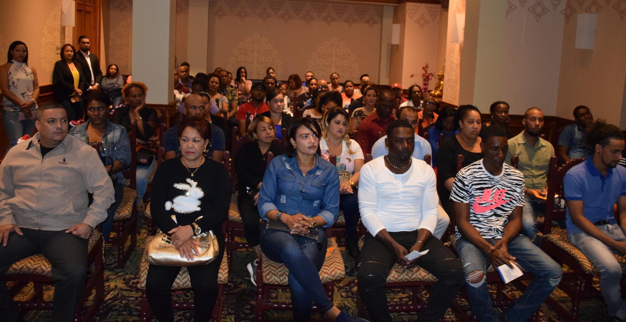 Dominicanos ganan más de 3 mil pesos diarios en Trinidad y Tobago