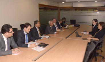 Ministerio de Economía presenta al FMI avances de políticas públicas