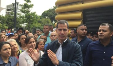 Guaidó recorre Caracas tras casi 20 horas del apagón que afecta a Venezuela