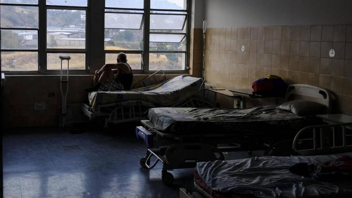 El Gobierno de Maduro niega muertes en hospitales por el apagón
