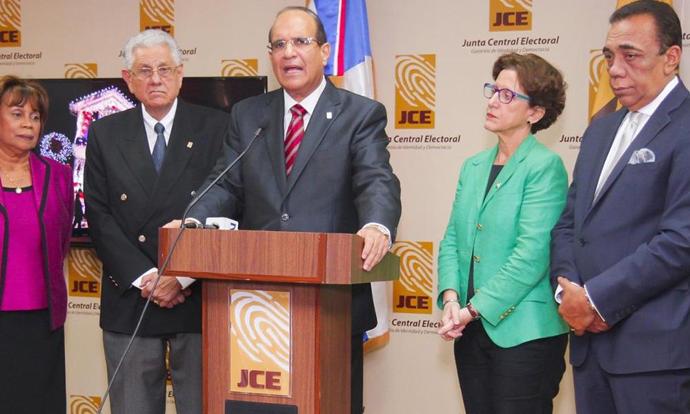 PC rechaza voto de arrastre y llama a la JCE a garantizar el voto directo vía reglamentaria
