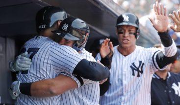 Tanaka da triunfo a Yanquis en Día Inaugural; Rivera lanza primera bola