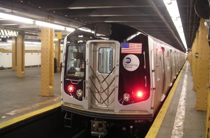 Nueva York busca prohibir que delincuentes sexuales usen metro