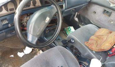 Encuentran envenenados padre e hijo dentro de un vehículo en Pedro Brand