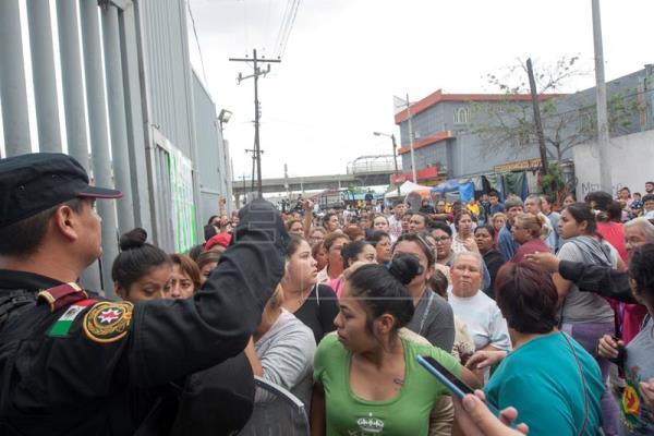 Un muerto y 30 heridos en protestas por traslado de 500 presos en México