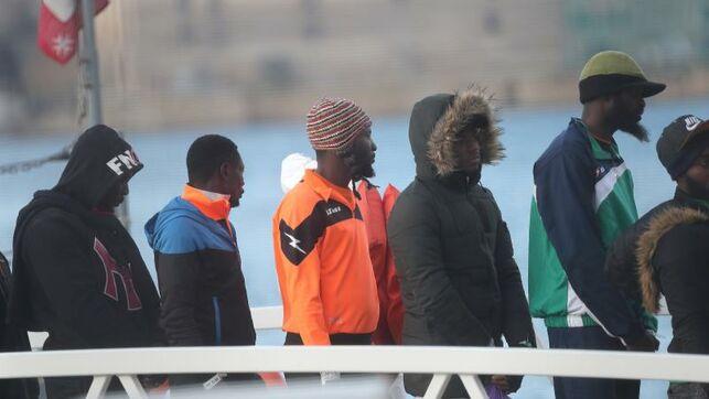 Logran evacuar a primeros 163 refugiados de Libia tras reinicio de la guerra