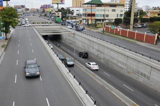 MOPC anuncia para este martes el cierre de túneles y elevados por mantenimiento