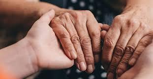 Depresión en adultos mayores puede ser síntoma temprano de Parkinson dice experto