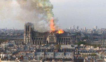 Gobierno francés cree que la estructura de Notre Dame puede haberse salvado