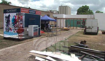 Todo listo para inicio de la Feria del Libro; moradores de la Zona Colonial se quejan