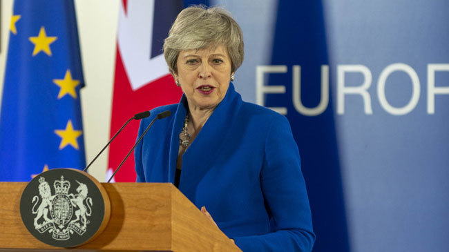 La Unión Europea pospone el