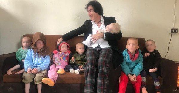Un hombre llega a Siria para rescatar a 7 nietos huérfanos de un yihadista