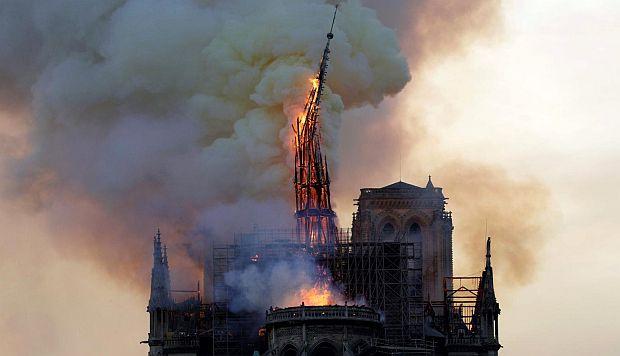 Apple promete donar dinero para la reconstrucción de Notre Dame
