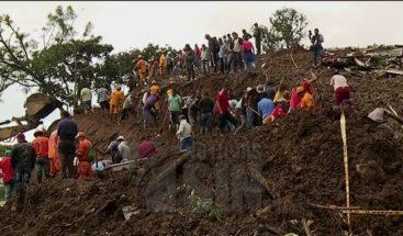 El Gobierno colombiano confirma 20 fallecidos por derrumbe
