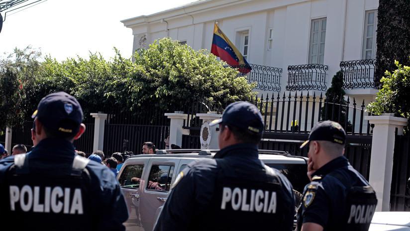 El personal diplomático de Venezuela abandona la Embajada en Costa Rica tras orden de expulsión