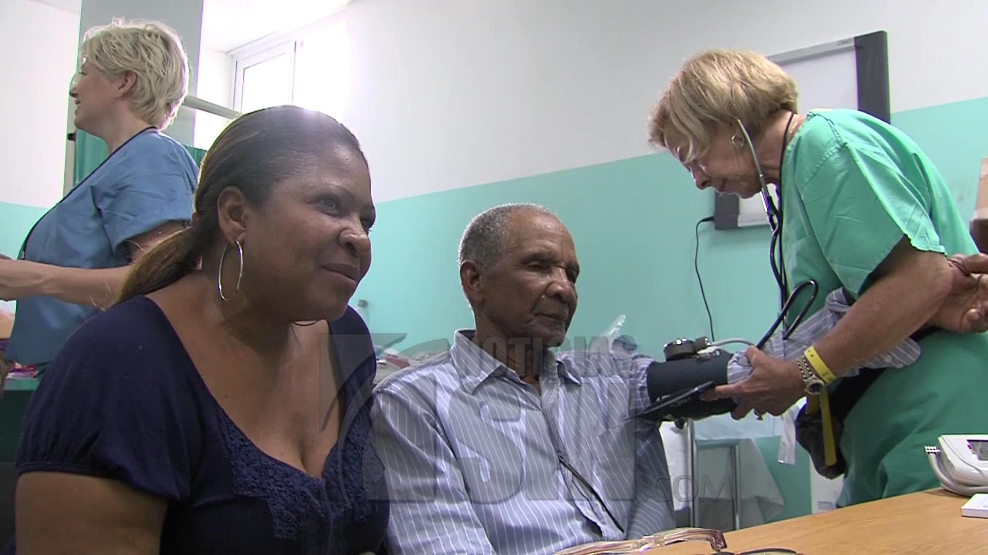 Las personas con antecedentes cardiovasculares en su familia debenrealizarse chequeo temprano