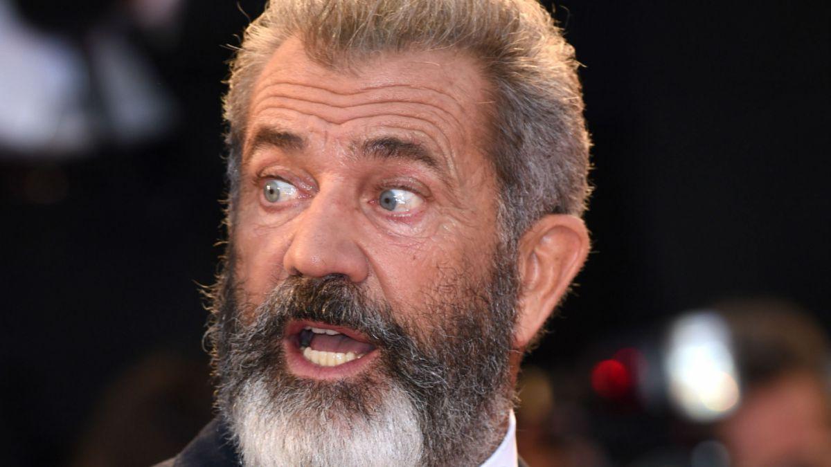Mel Gibson, en conversaciones con Peter Dinklage para western The Wild Bunch
