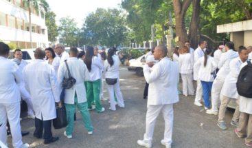 Médicos comienzan boicot contra principal aseguradora