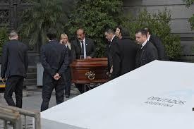 Familiares y amigos despiden al diputado argentino Héctor Olivares