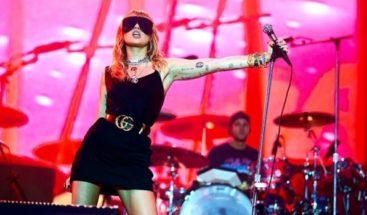 Miley Cyrus sorprende al estrenar tres canciones y estas han sido las reacciones