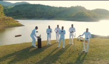 """Chiquito Team Band promociona su nuevo tema musical """" Porque me haces llorar"""""""