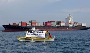 Filipinas envía de vuelta a Canadá miles de toneladas de basura con un mensaje de