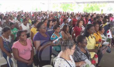 Realizan actos para celebrar Día de las Madres en Dajabón