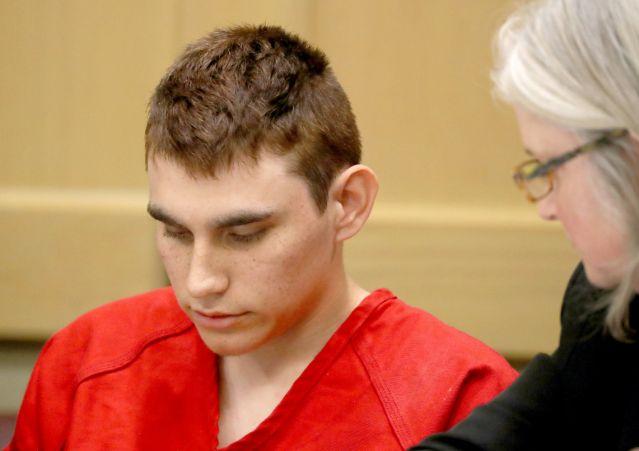 Autor de masacre de Parkland seguirá con abogado de oficio pese a herencia