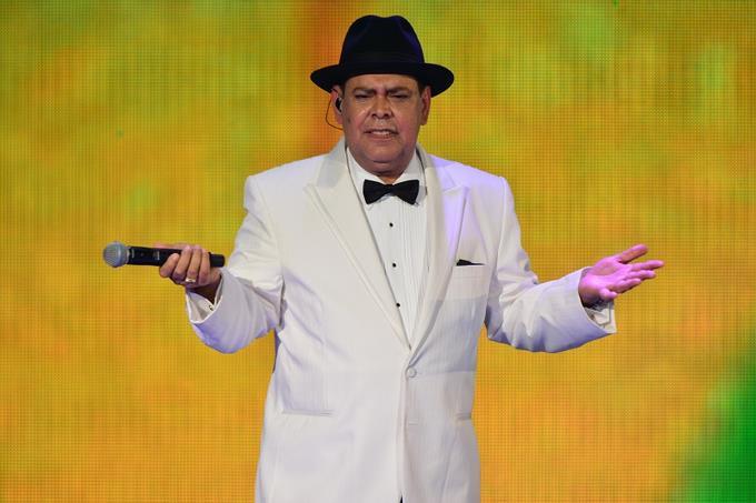 Prohíben a Fernando Villalona cantar en acto de Leonel