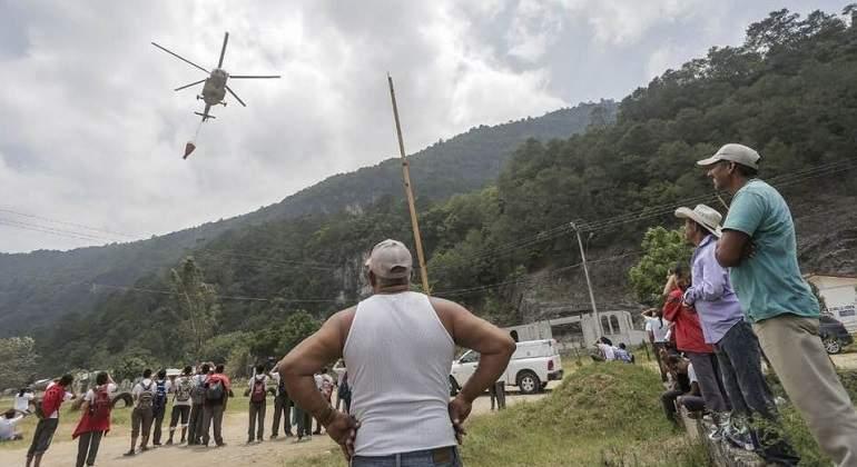 Cae un helicóptero de la Marina de México que combatía incendio forestal