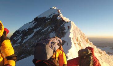 Temporada de ascenso al Everest termina con varios récords y 11 muertos