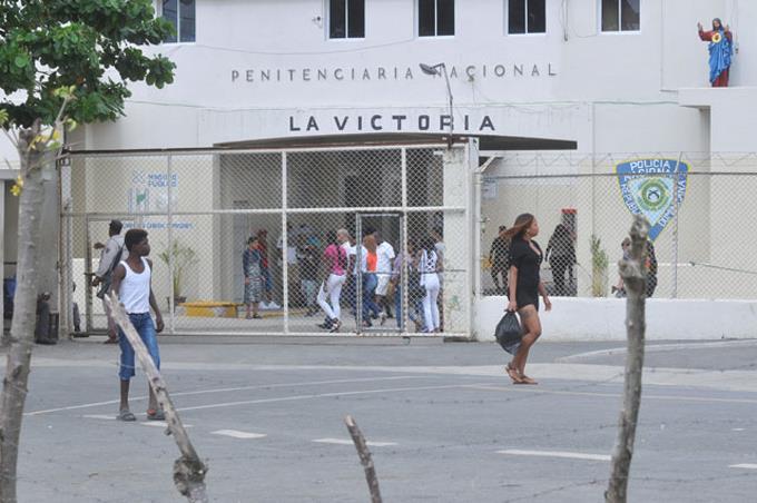 Red de tráfico ilícito y trata de personas condenada a 20, 15, 12 y 10 años de prisión