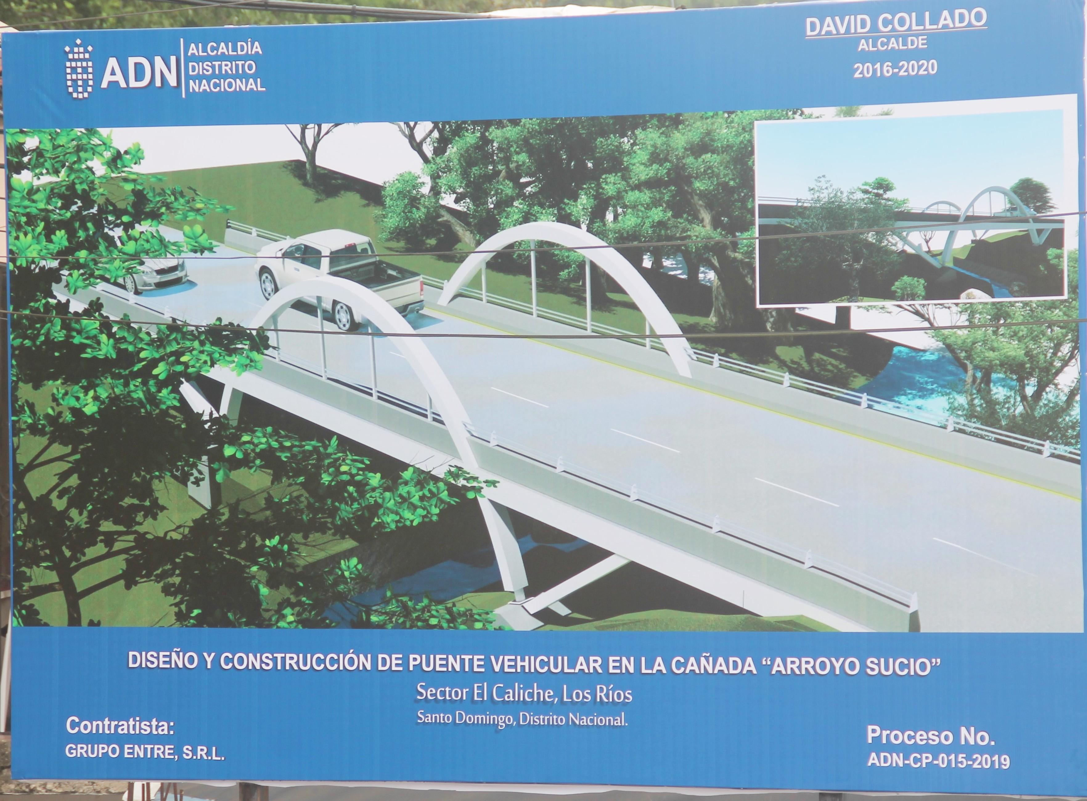 Alcalde DN da primer picazo puente vehicular en el Caliche de Los Ríos