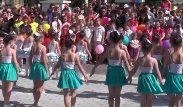Crimea celebra segundo Festival de Mellizos
