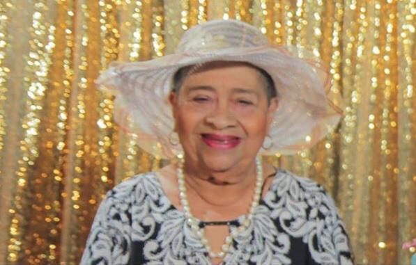 Muere madre del director del INVI Mayobanex Escoto
