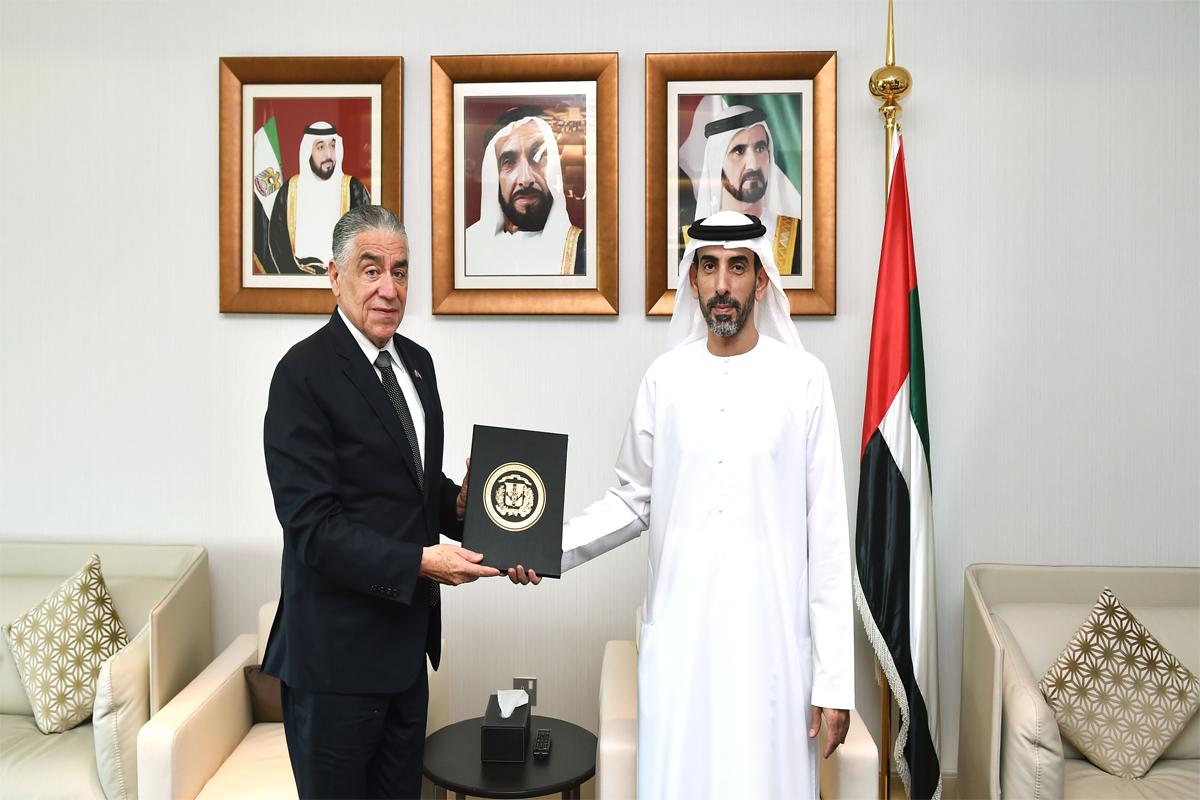 Embajador de RD entrega credenciales a Ministerio de Relaciones Exteriores en Emiratos Árabes