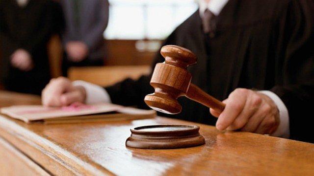 Condenan a 8 años de prisión a un hombre acusado de traficar con 49 libras de marihuana