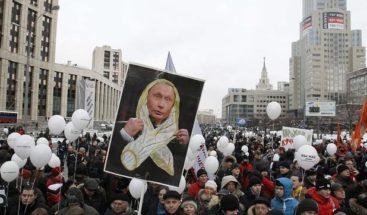 Decenas de detenidos en Rusia en protestas contra Putin en el Primero de Mayo