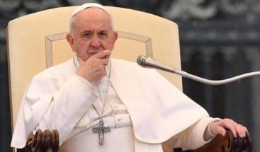 El papa pide a los católicos que sean los santos de Bulgaria