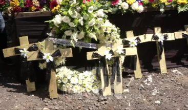 Rinden homenaje póstumo a víctimas del volcán de Fuego en Guatemala