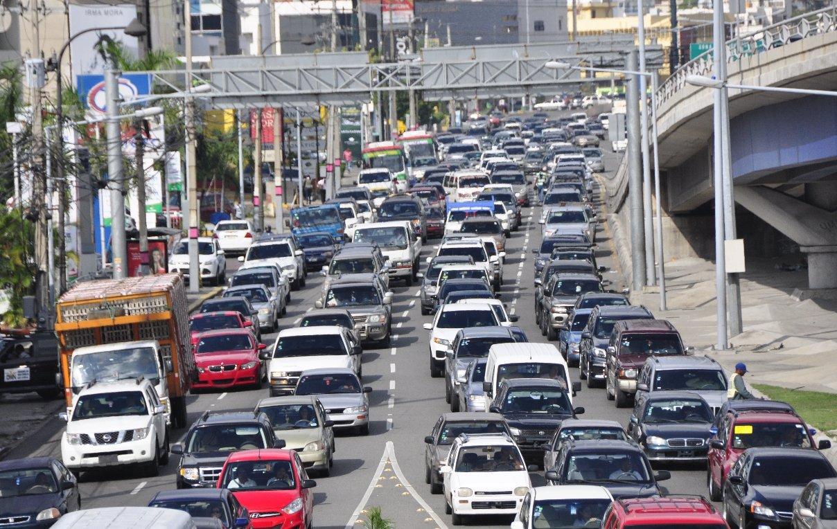 Conatraacusa al Intrant de agravar la situación deltransporte en el país