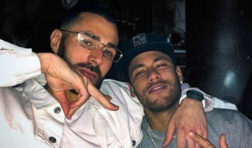 Neymar publica una foto con Benzema en medio de los rumores sobre su futuro
