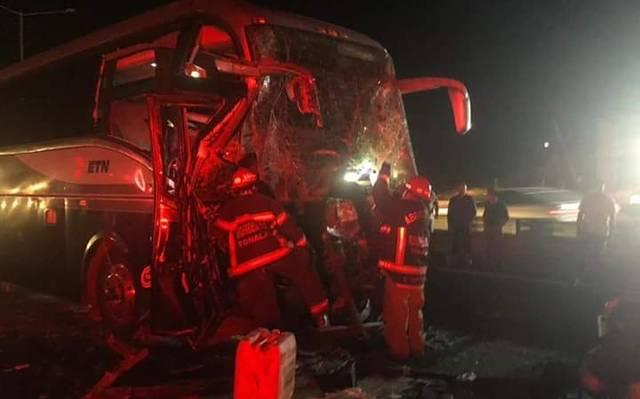 Ocho muertos en choque entre furgoneta y camión en carretera de Brasil