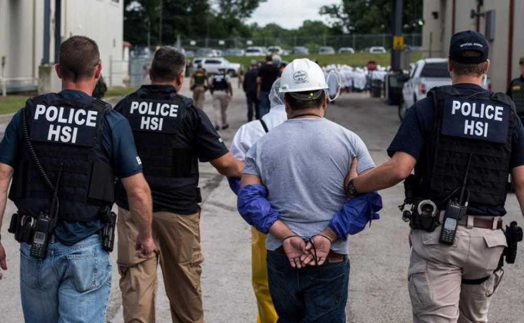 Redadas contra indocumentados dejan más de 50 detenidos en Estados Unidos