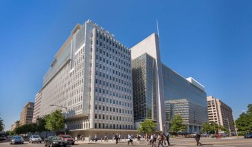 El BM reduce el crecimiento global al 2,6 % este año por la guerra comercial
