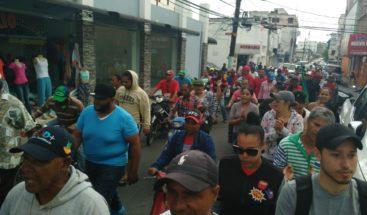 FALPO se moviliza en las calles en SFM en demanda de construcción de obras